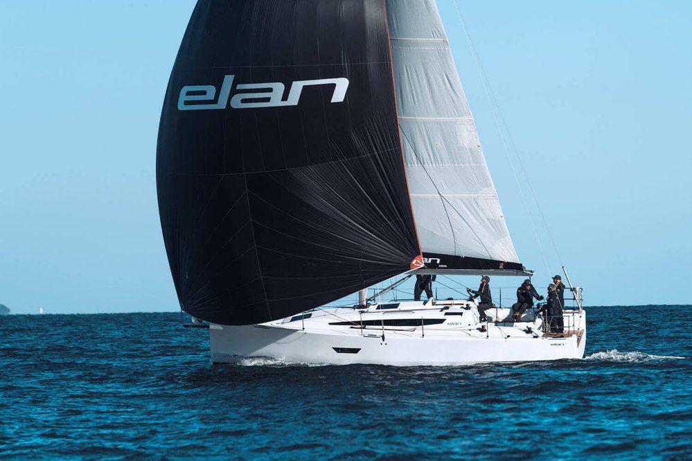 Elan E4